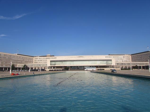 1 ehemal parlament jugoslawiens 1961